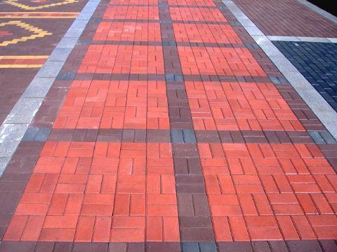<em style='color:red'>步道磚</em>圖片