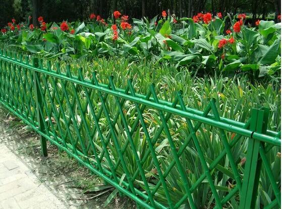 篱笆<em style='color:red'>栏杆</em>图片