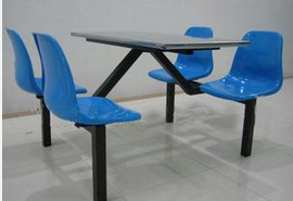 背靠式四人快餐<em style='color:red'>桌椅</em>图片