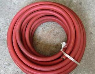 高压胶皮<em style='color:red'>水管</em>图片