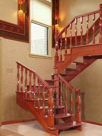 实<em style='color:red'>木楼梯</em>图片